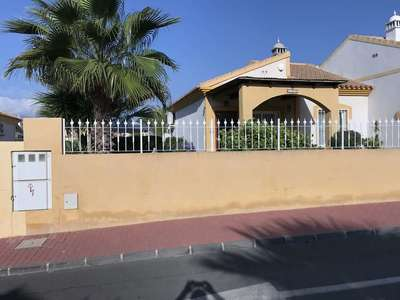 563: Bungalow for sale in Mazarron Country Club