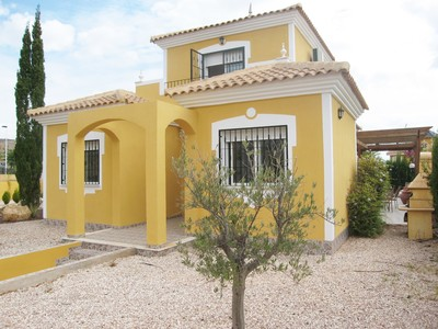 1233: Villa in Mazarron Country Club