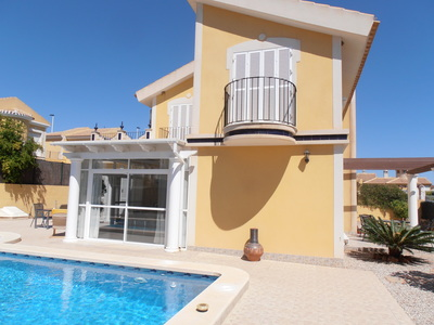 1245: Villa for sale in Mazarron Country Club