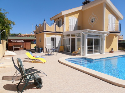 1245: Villa in Mazarron Country Club