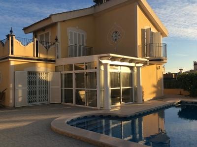 1245: Villa for sale in Mazarron Country Club