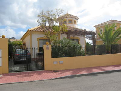 1253: Villa for sale in Mazarron Country Club