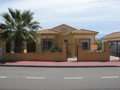1277: Villa in Mazarron Country Club