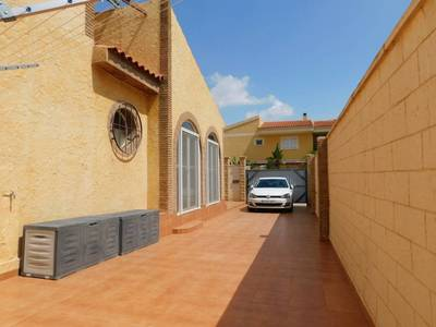 1311: Villa for sale in Bolnuevo