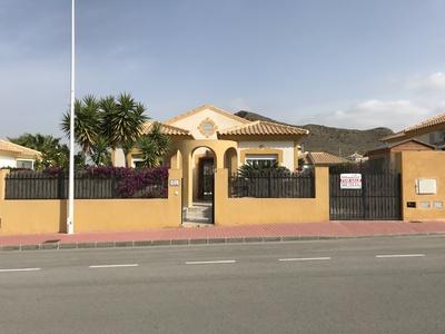 1322: Villa in Mazarron Country Club