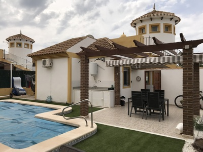 1327: Villa for sale in Mazarron