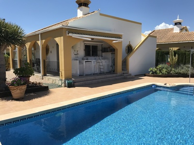 1330: Villa for sale in Mazarron Country Club