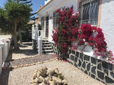 1337: Villa for sale in Camposol