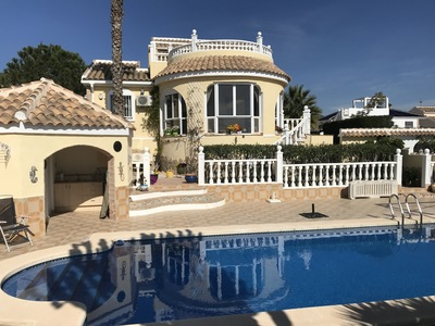 1368: Villa for sale in Camposol