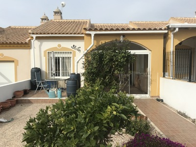 1372: Bungalow for sale in Mazarron