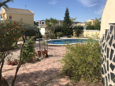 1381: Villa for sale in Camposol