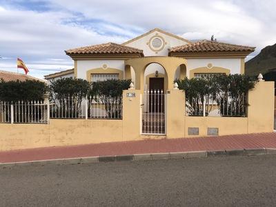 1384: Villa in Mazarron