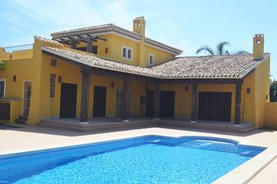 236: Villa for sale in Cuevas Del Almanzora