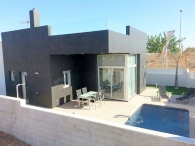 947: Villa for sale in Pilar de la Horadada