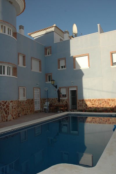 1047: Townhouse for sale in Mula