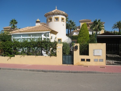 1228: Villa in Mazarron Country Club