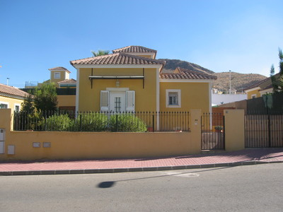 1201: Villa in Mazarron Country Club