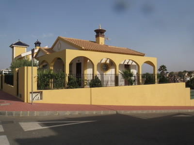 1222: Villa in Mazarron Country Club