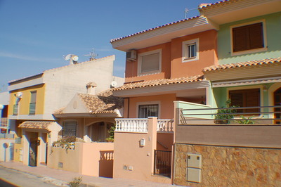 1154: Townhouse for sale in Puerto de Mazarron