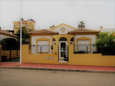 1183: Villa in Mazarron Country Club